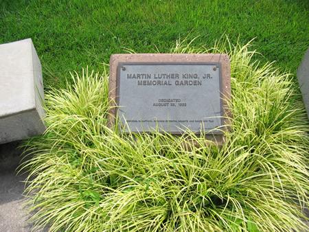 112-01-memorial-sign
