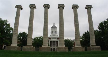 054-01-columns